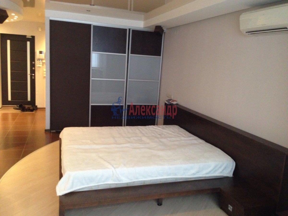 1-комнатная квартира (30м2) в аренду по адресу Парголово пос., Михаила Дудина ул., 23— фото 1 из 6