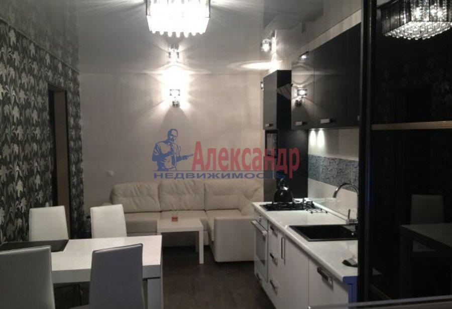 2-комнатная квартира (79м2) в аренду по адресу Петровский пр., 14— фото 2 из 6