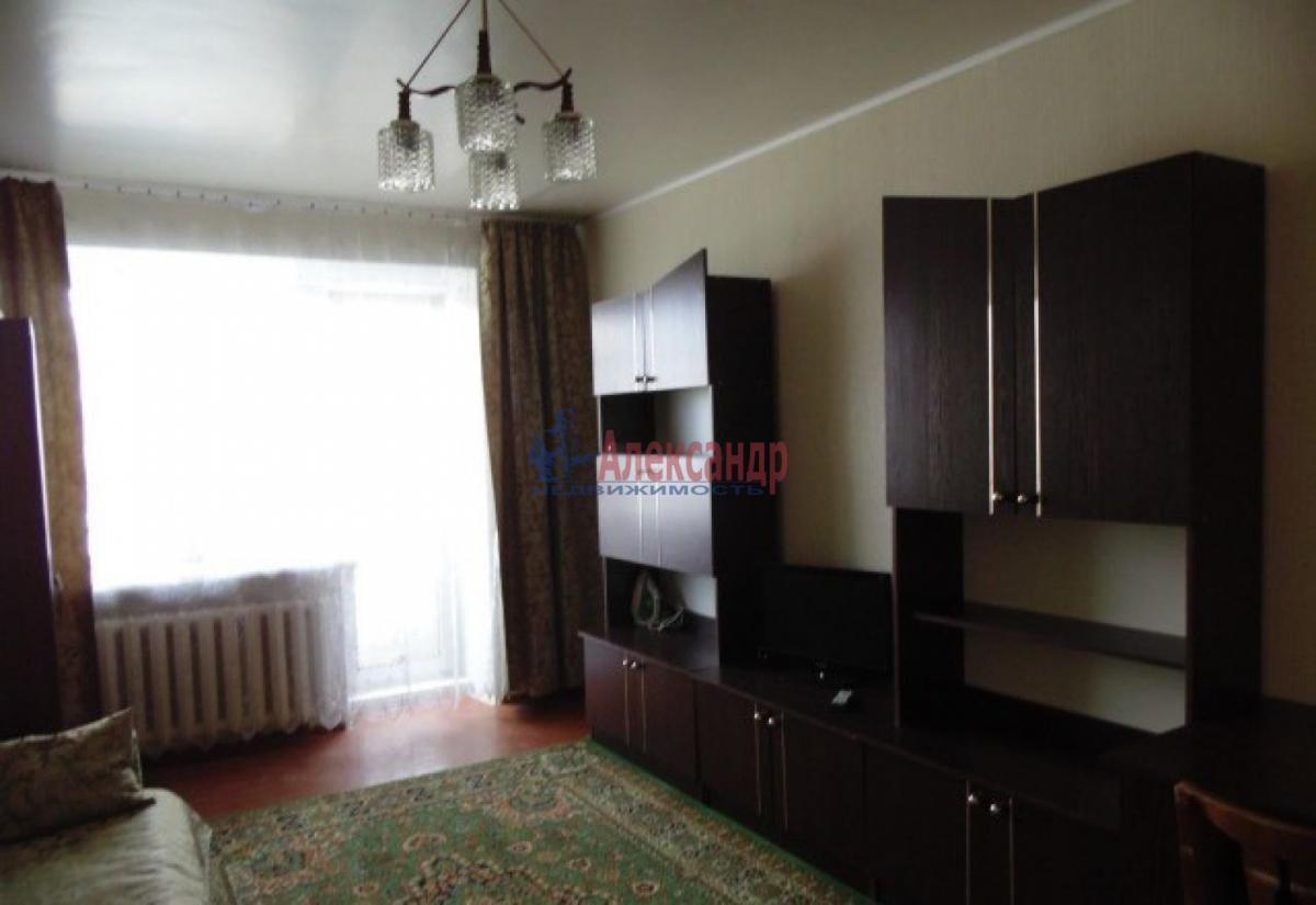 1-комнатная квартира (34м2) в аренду по адресу Стачек пр., 85— фото 1 из 5