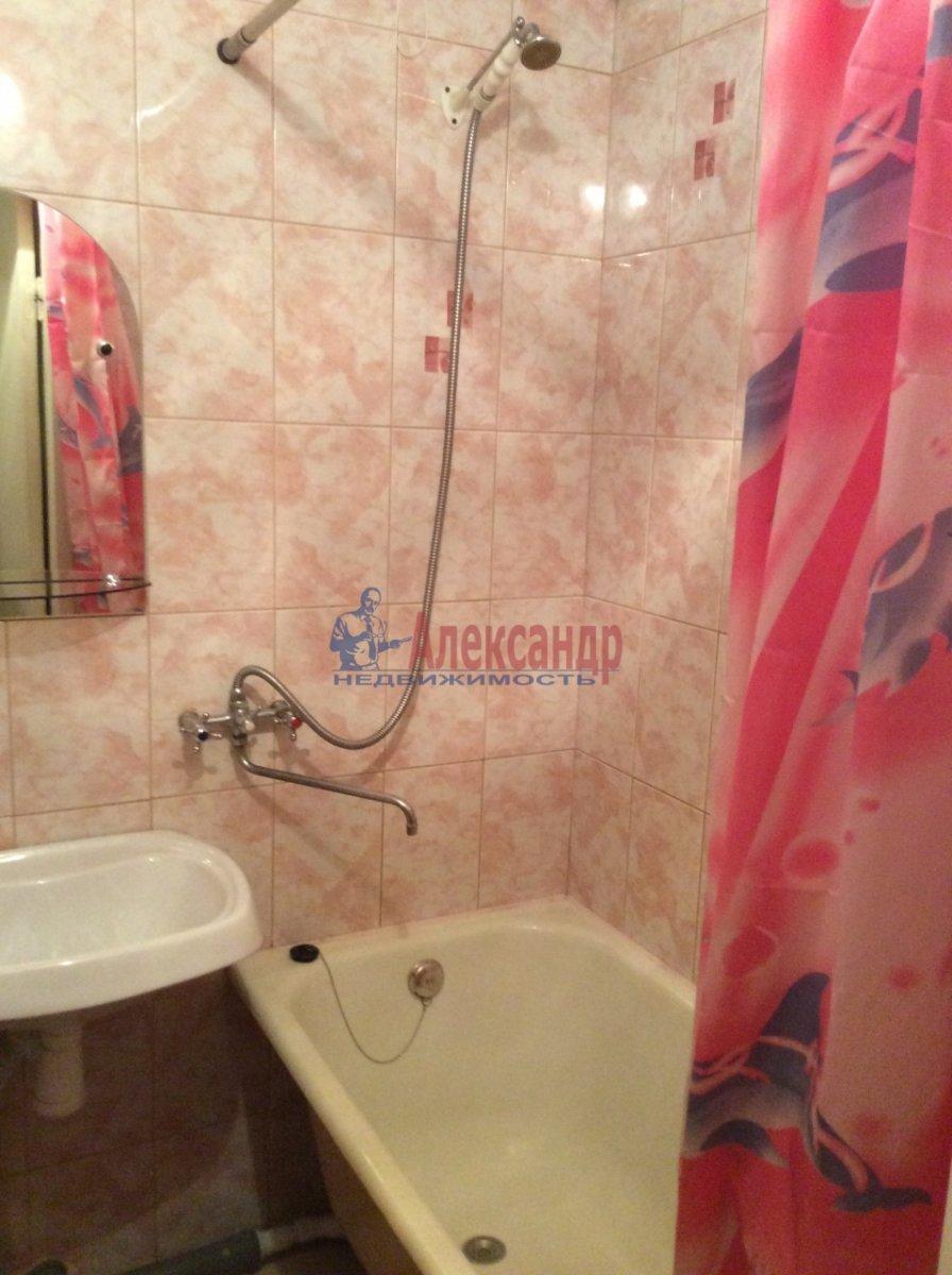 1-комнатная квартира (34м2) в аренду по адресу Светлановский просп., 109— фото 6 из 8