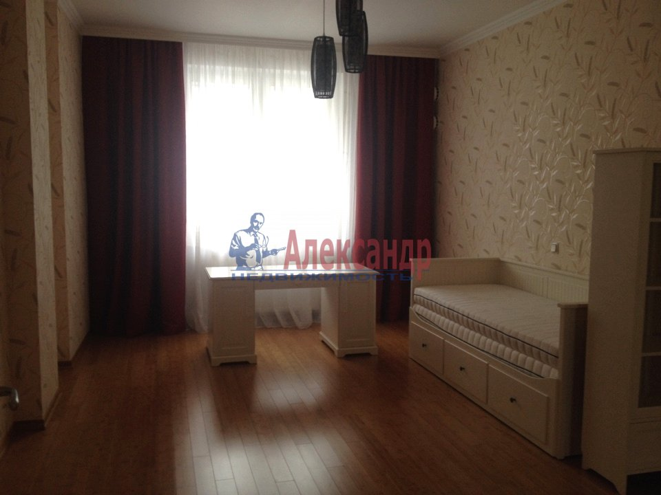 3-комнатная квартира (110м2) в аренду по адресу Каменноостровский пр., 62— фото 9 из 15