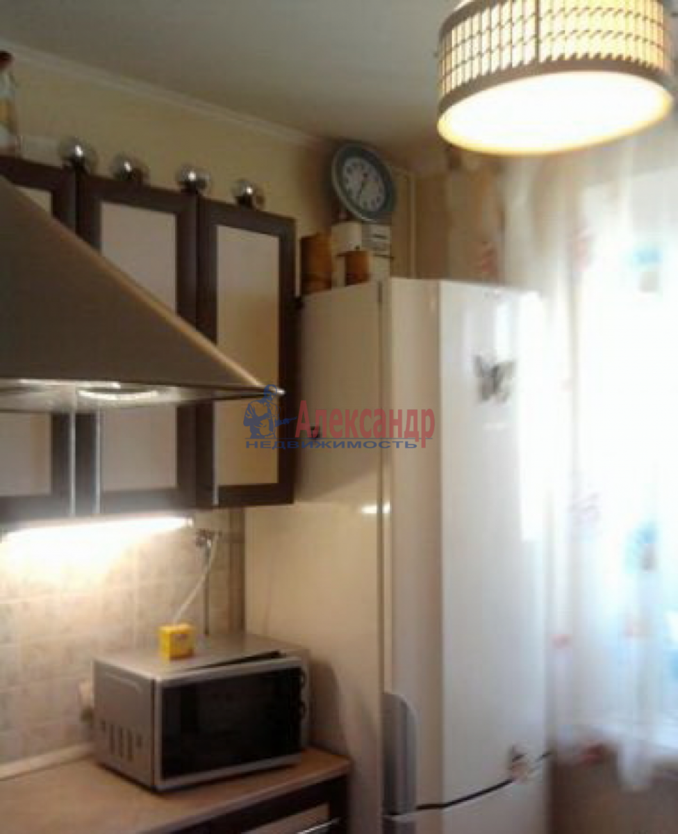 1-комнатная квартира (33м2) в аренду по адресу Испытателей пр., 8— фото 2 из 3