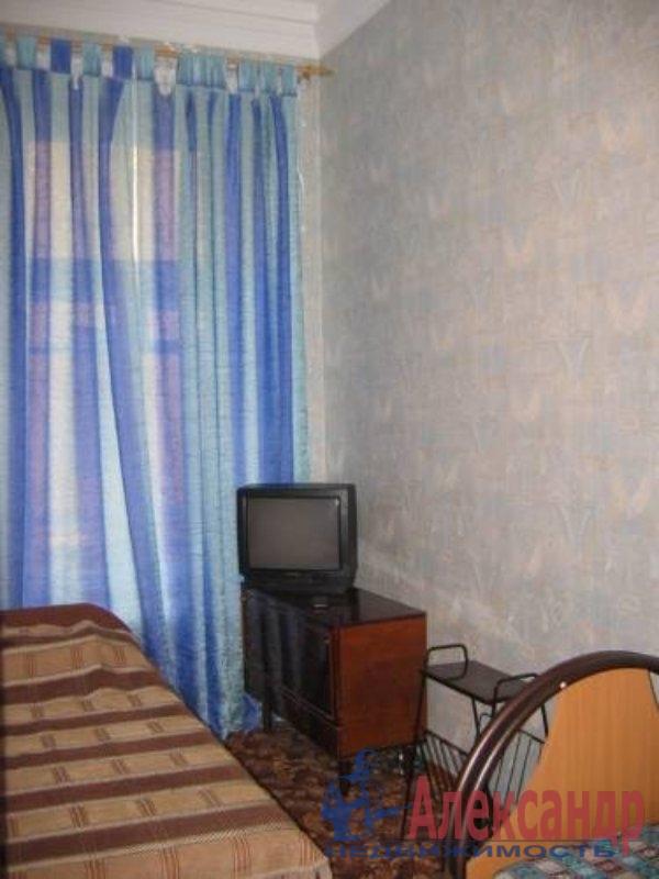 1-комнатная квартира (33м2) в аренду по адресу Ново-Александровская ул., 14— фото 2 из 2