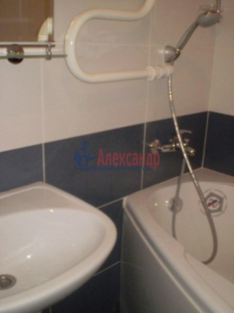 1-комнатная квартира (32м2) в аренду по адресу Кудрово дер., Европейский просп., 13— фото 3 из 6