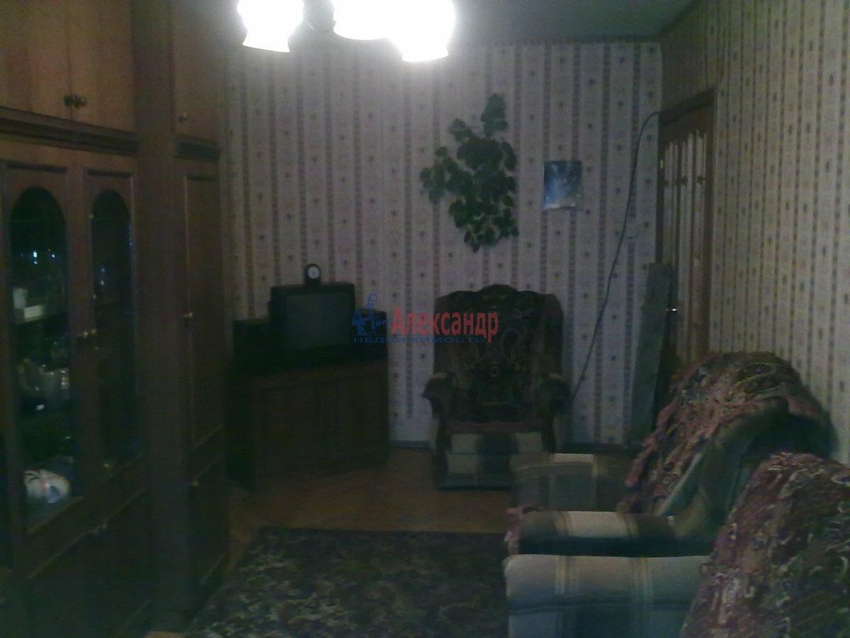 1-комнатная квартира (35м2) в аренду по адресу Малая Каштановая алл., 9— фото 2 из 2