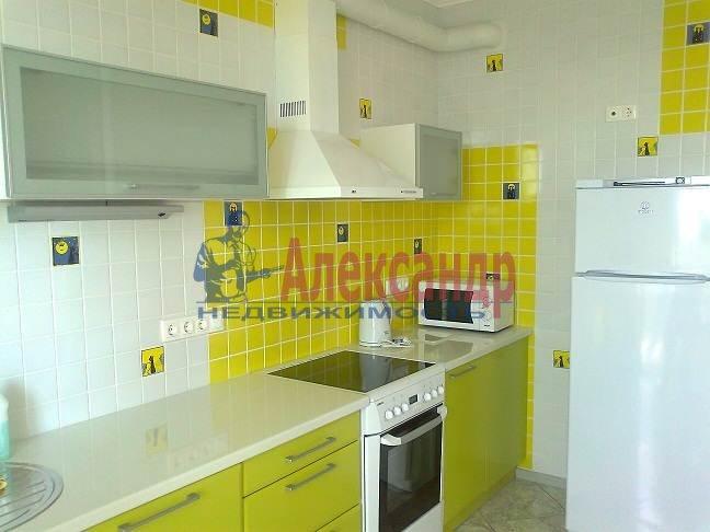 1-комнатная квартира (53м2) в аренду по адресу Гражданский пр., 113— фото 4 из 8