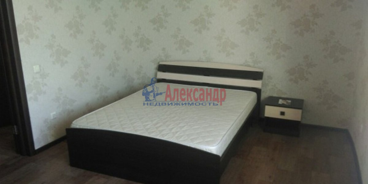 2-комнатная квартира (51м2) в аренду по адресу Московский пр., 79— фото 2 из 4
