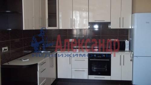 2-комнатная квартира (65м2) в аренду по адресу Савушкина ул., 115— фото 4 из 7