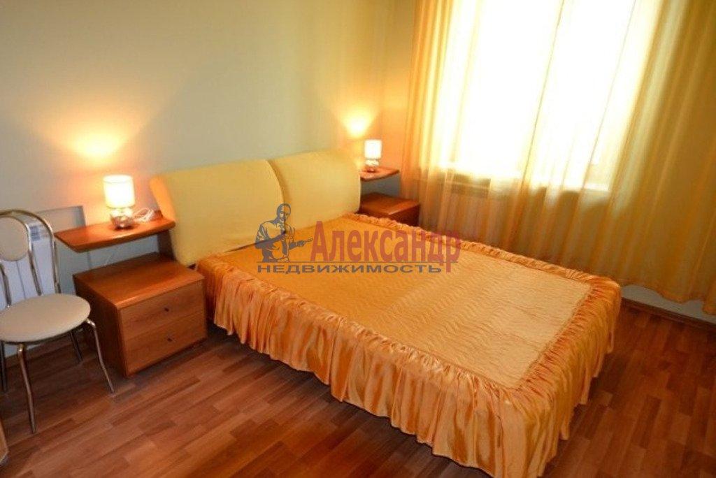 2-комнатная квартира (55м2) в аренду по адресу Московский просп., 182— фото 2 из 5