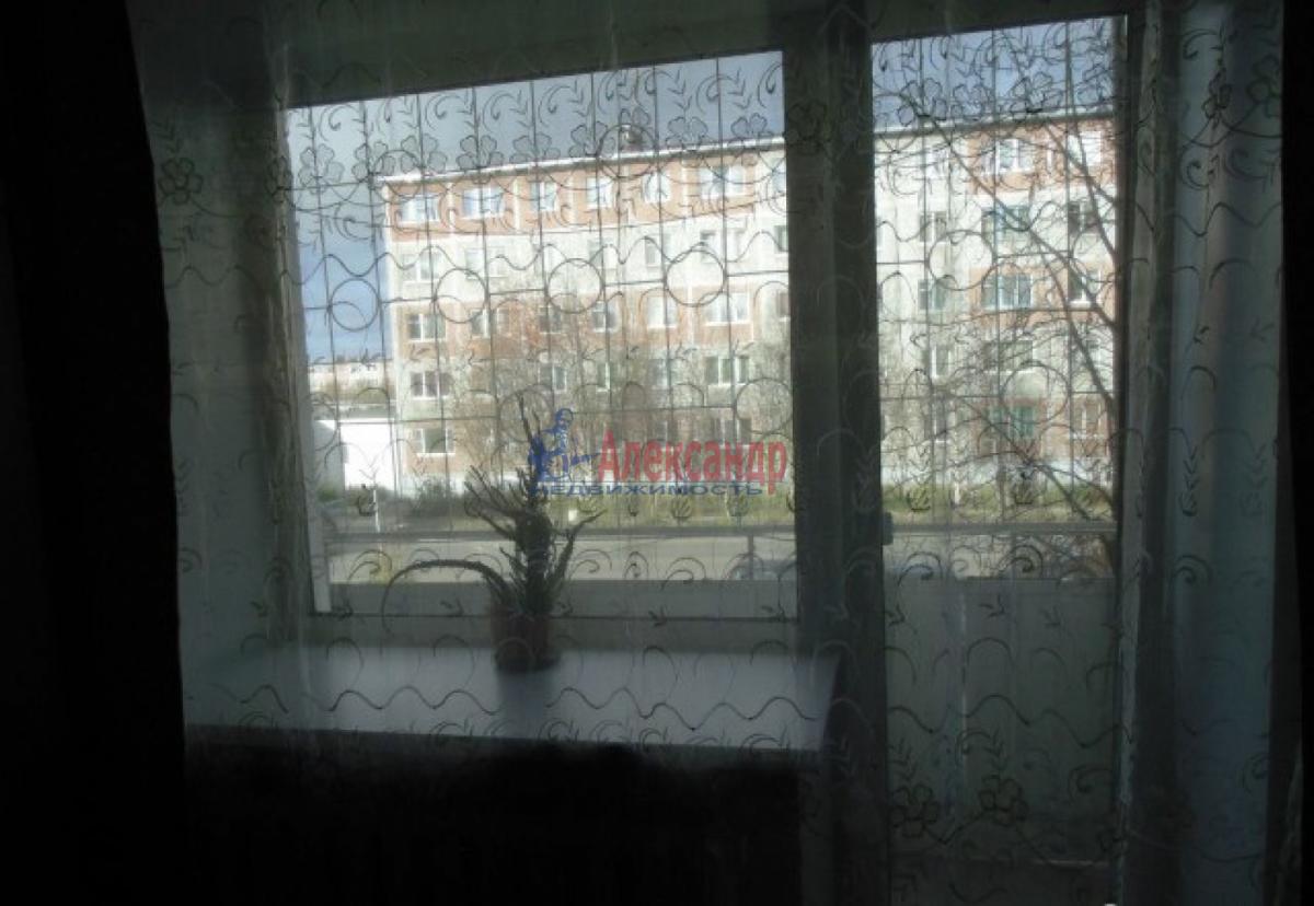 1-комнатная квартира (34м2) в аренду по адресу Стачек пр., 85— фото 2 из 5