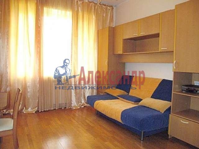 1-комнатная квартира (35м2) в аренду по адресу Московский просп., 207— фото 1 из 3