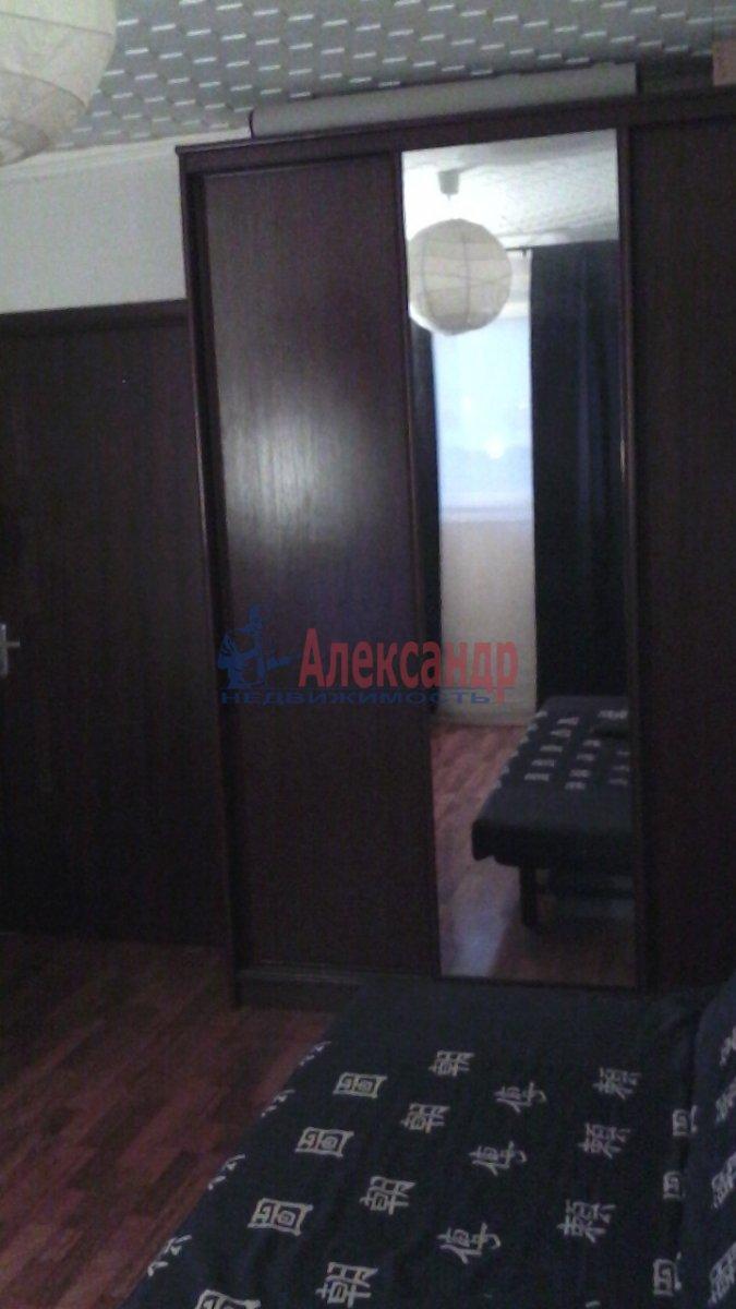 1-комнатная квартира (32м2) в аренду по адресу Брянцева ул., 20— фото 3 из 4