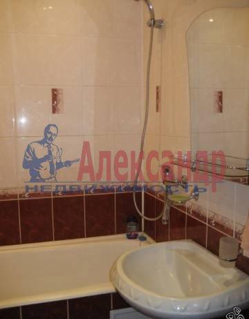 Комната в 2-комнатной квартире (60м2) в аренду по адресу Кузнецовская ул., 38— фото 3 из 3