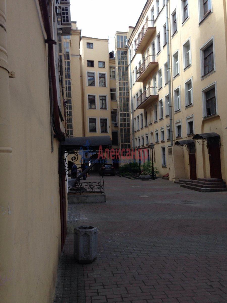 2-комнатная квартира (71м2) в аренду по адресу Реки Фонтанки наб., 29/66— фото 18 из 18