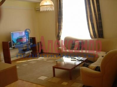 2-комнатная квартира (57м2) в аренду по адресу Юрия Гагарина пр., 12— фото 1 из 4