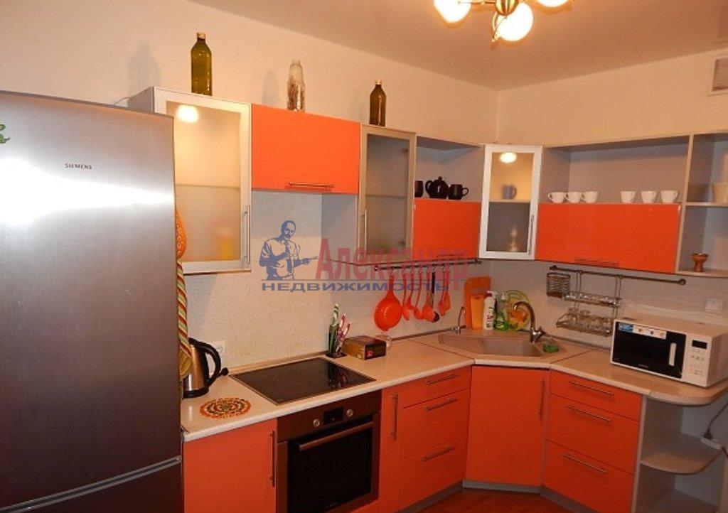 2-комнатная квартира (64м2) в аренду по адресу Ленинский пр., 78— фото 2 из 4