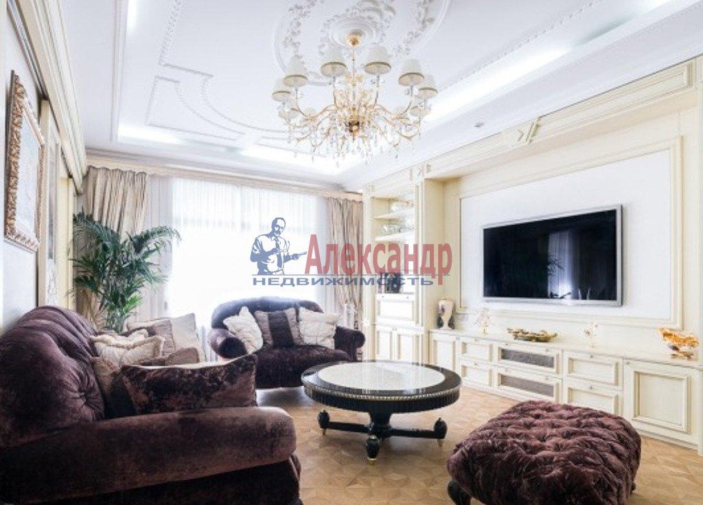 3-комнатная квартира (132м2) в аренду по адресу Канала Грибоедова наб., 68— фото 1 из 4