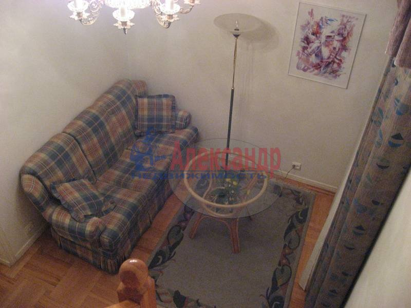 4-комнатная квартира (160м2) в аренду по адресу Рубинштейна ул., 3— фото 6 из 23