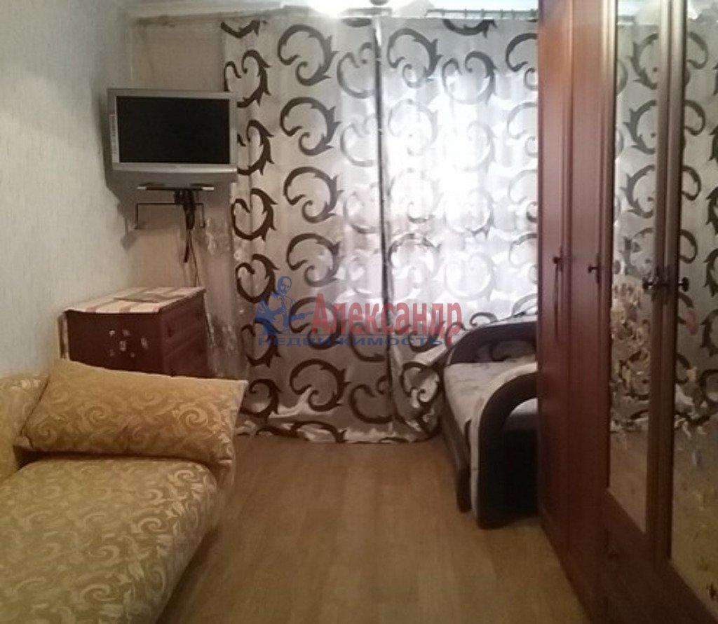 3-комнатная квартира (65м2) в аренду по адресу Декабристов ул., 9— фото 3 из 4