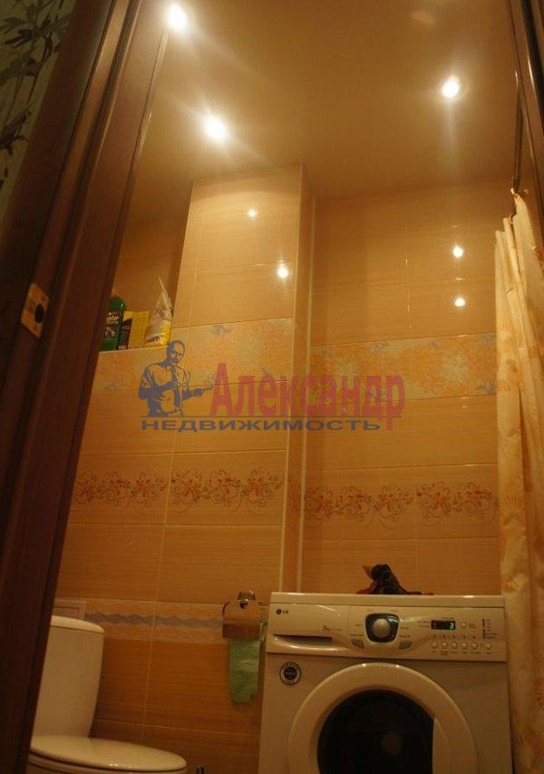 1-комнатная квартира (36м2) в аренду по адресу Большевиков пр., 8— фото 4 из 5