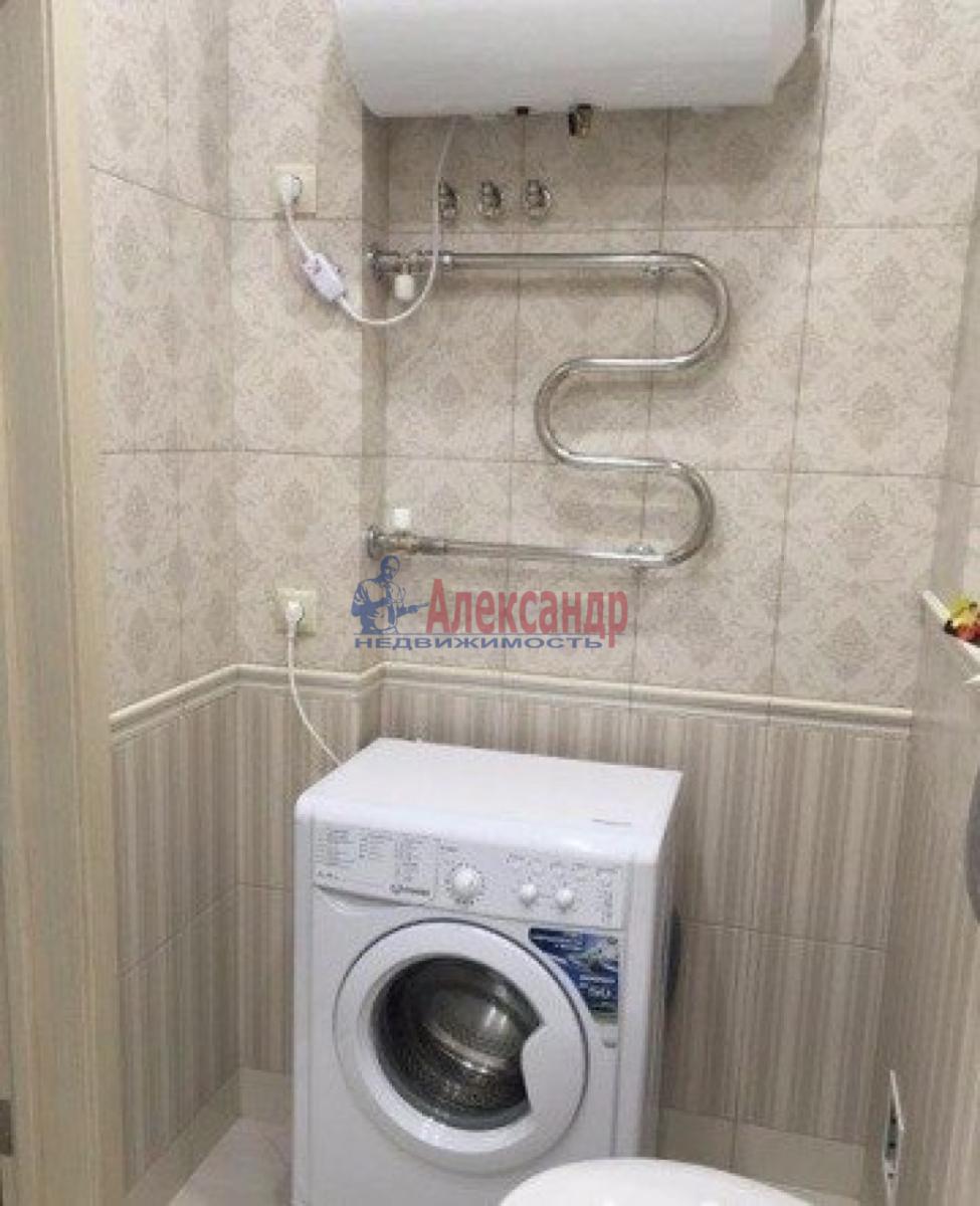 1-комнатная квартира (38м2) в аренду по адресу Варшавская ул., 96— фото 4 из 5