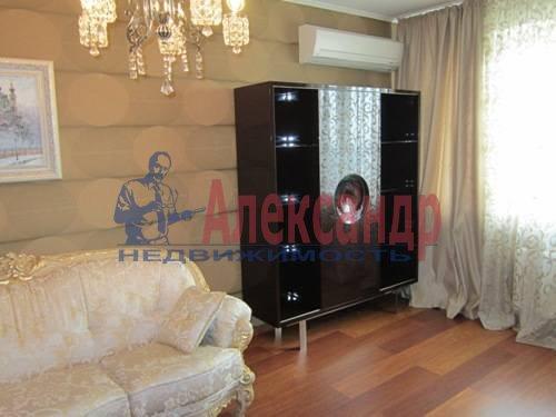 3-комнатная квартира (120м2) в аренду по адресу Сизова пр., 21— фото 1 из 15