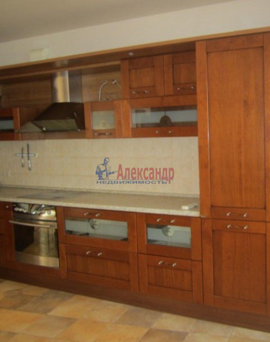 2-комнатная квартира (77м2) в аренду по адресу Московский просп., 185— фото 2 из 4
