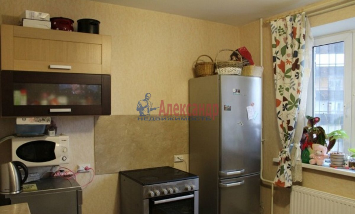 1-комнатная квартира (38м2) в аренду по адресу Парголово пос., Заречная ул., 25— фото 2 из 6