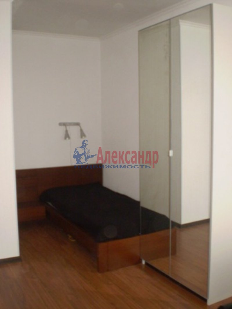 1-комнатная квартира (32м2) в аренду по адресу Кудрово дер., Европейский пр., 13— фото 6 из 6