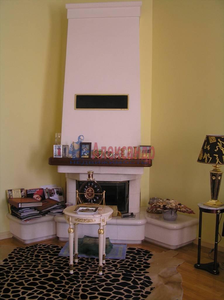 4-комнатная квартира (170м2) в аренду по адресу Невский пр., 88— фото 3 из 4