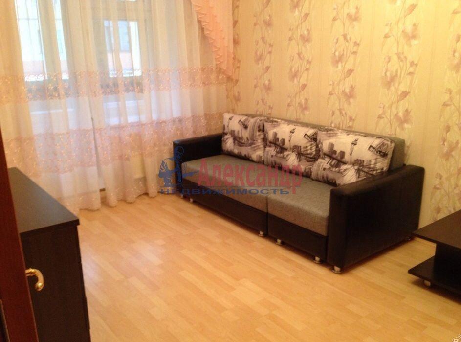 1-комнатная квартира (37м2) в аренду по адресу Богатырский пр., 50— фото 1 из 5