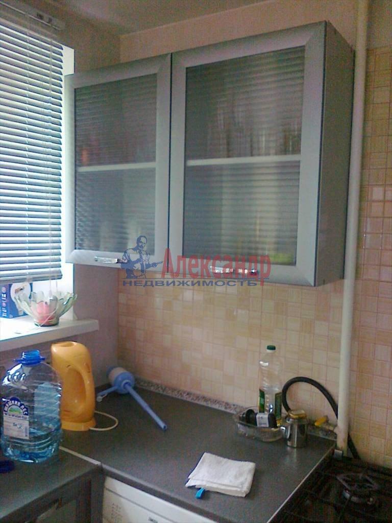 3-комнатная квартира (65м2) в аренду по адресу Дальневосточный пр., 38— фото 1 из 8