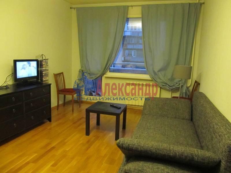 1-комнатная квартира (40м2) в аренду по адресу Маршала Блюхера пр., 21— фото 13 из 13