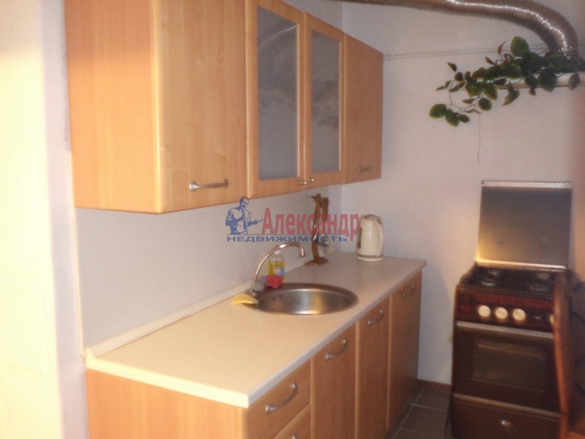 3-комнатная квартира (65м2) в аренду по адресу Белы Куна ул., 6— фото 8 из 11