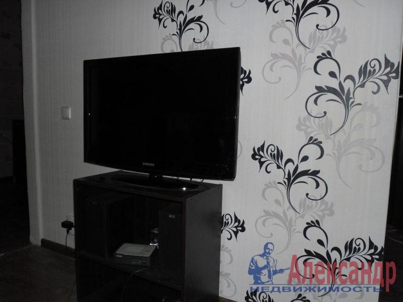 2-комнатная квартира (52м2) в аренду по адресу Елизарова пр., 37— фото 3 из 4