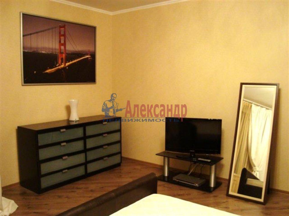1-комнатная квартира (35м2) в аренду по адресу Разъезжая ул., 10— фото 1 из 3