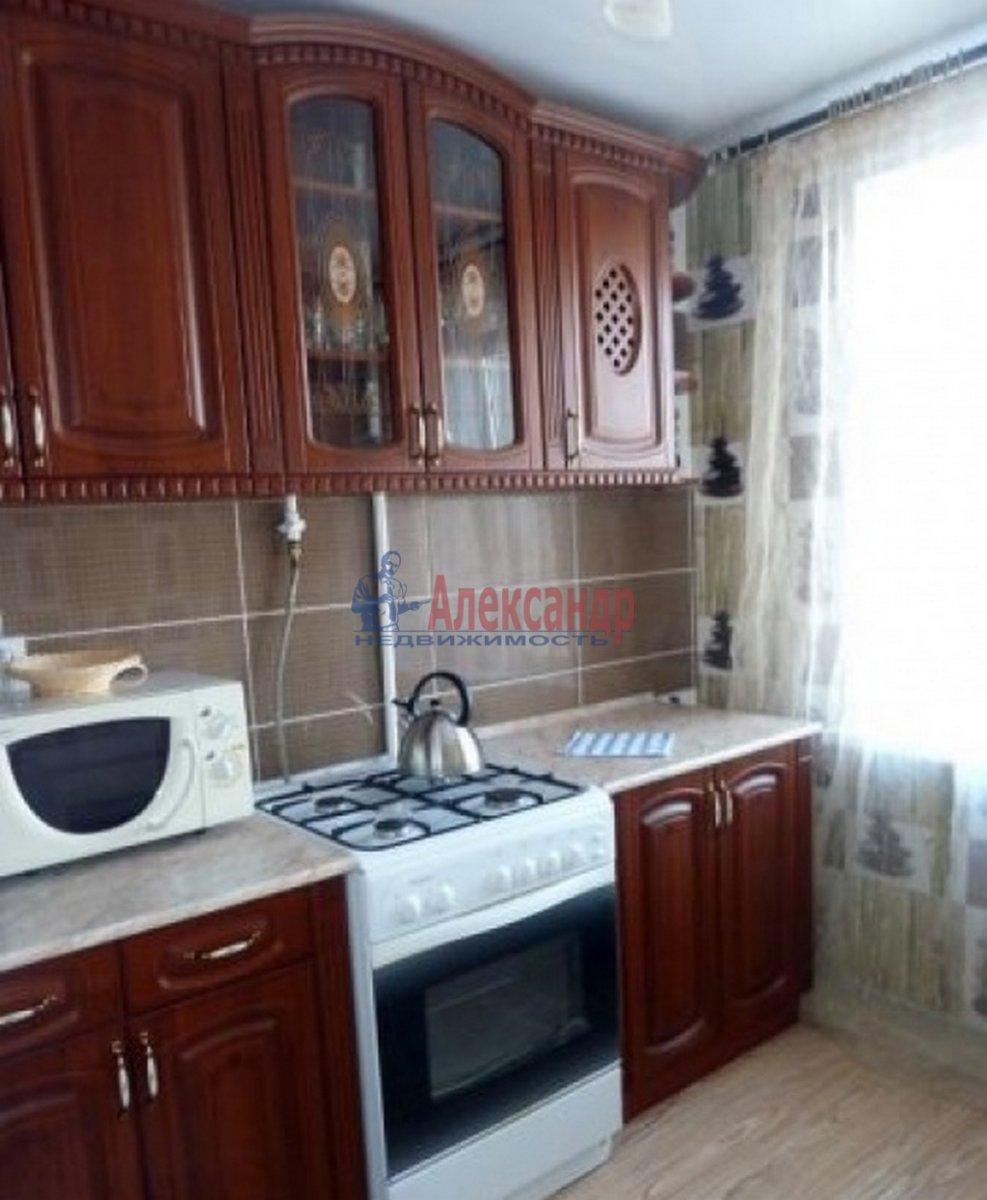 2-комнатная квартира (45м2) в аренду по адресу 7 Красноармейская ул., 19— фото 2 из 3