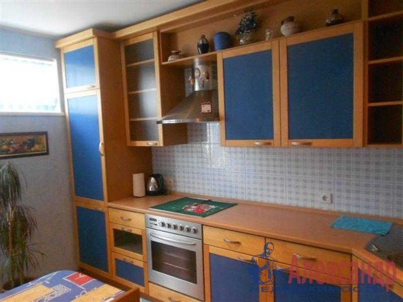 1-комнатная квартира (35м2) в аренду по адресу Большевиков пр., 49— фото 1 из 2