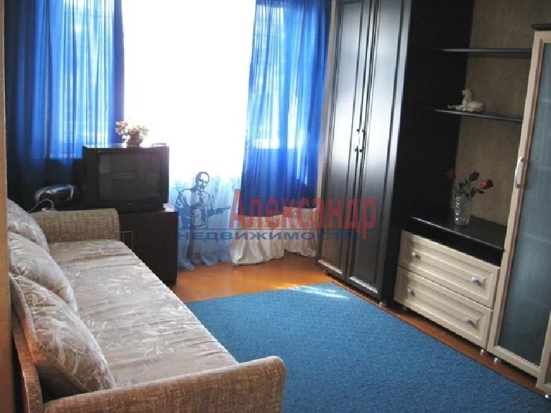 3-комнатная квартира (100м2) в аренду по адресу Энгельса пр., 147— фото 1 из 2