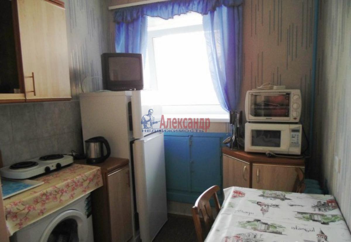 1-комнатная квартира (34м2) в аренду по адресу Стачек пр., 85— фото 4 из 5