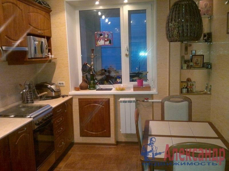 1-комнатная квартира (39м2) в аренду по адресу Коллонтай ул., 17— фото 2 из 3