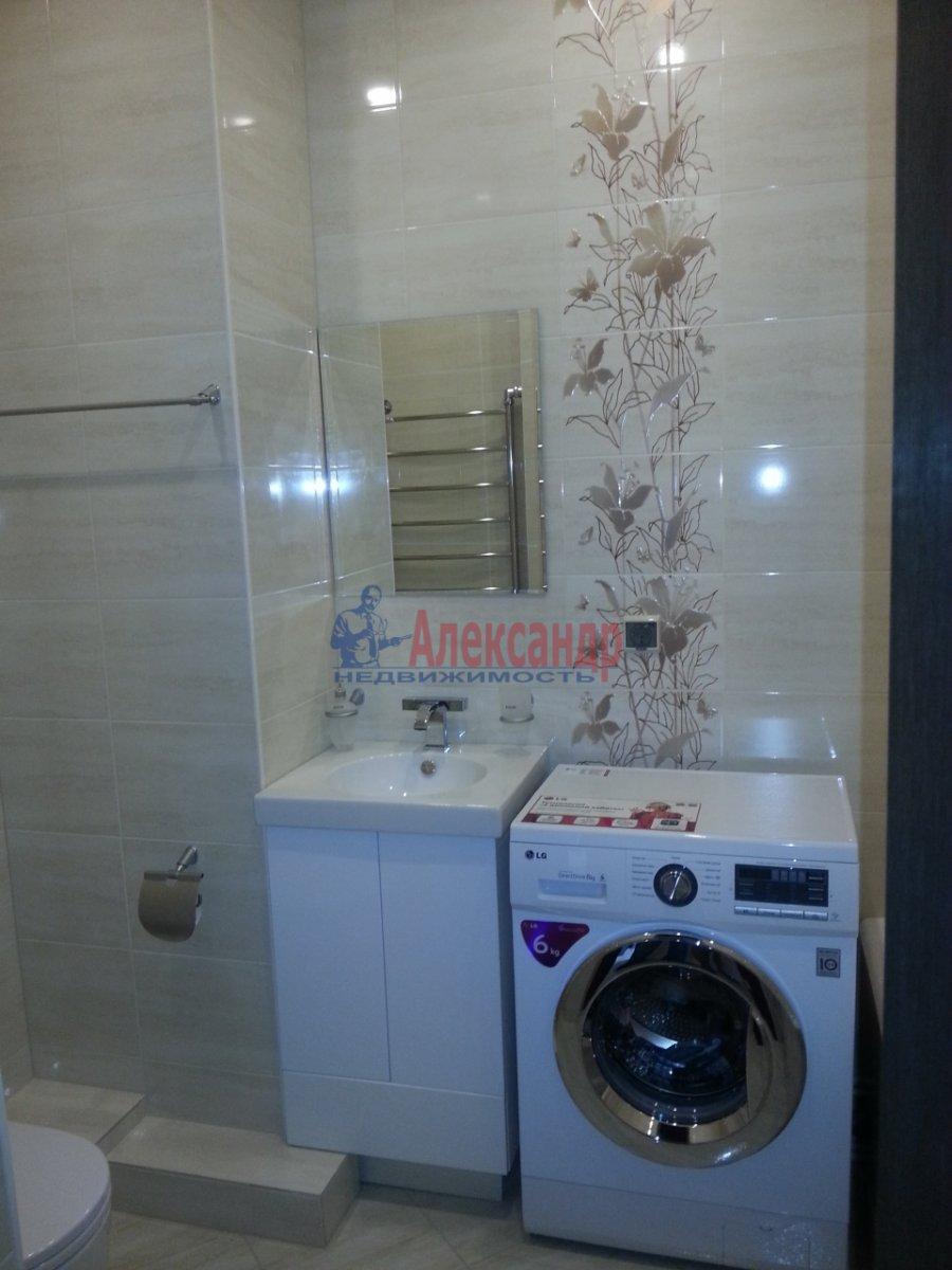 1-комнатная квартира (48м2) в аренду по адресу Дыбенко ул., 11— фото 6 из 10