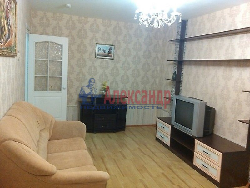 2-комнатная квартира (54м2) в аренду по адресу Просвещения просп., 104— фото 2 из 4