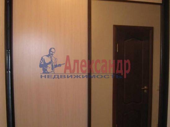 1-комнатная квартира (30м2) в аренду по адресу Чайковского ул., 54— фото 2 из 9