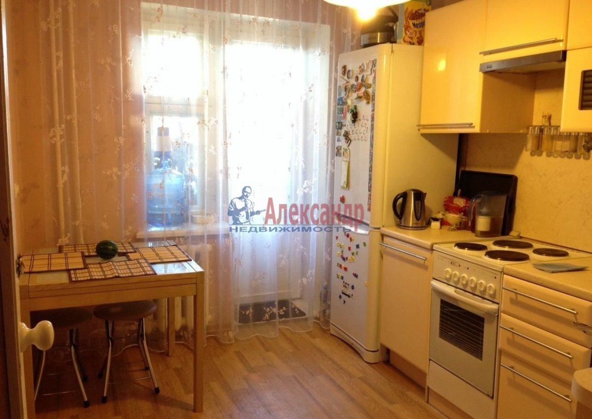 1-комнатная квартира (40м2) в аренду по адресу Парголово пос., Федора Абрамова ул., 15— фото 3 из 8
