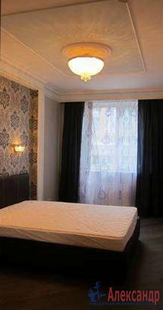 2-комнатная квартира (65м2) в аренду по адресу Съезжинская ул., 4— фото 2 из 3
