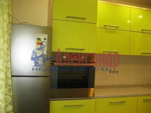 2-комнатная квартира (60м2) в аренду по адресу Космонавтов просп., 65— фото 10 из 21