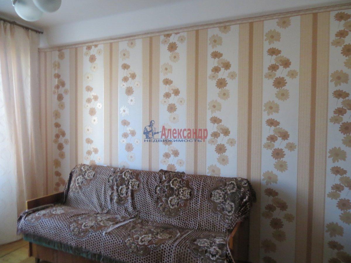 1-комнатная квартира (40м2) в аренду по адресу Орджоникидзе ул., 63— фото 2 из 5