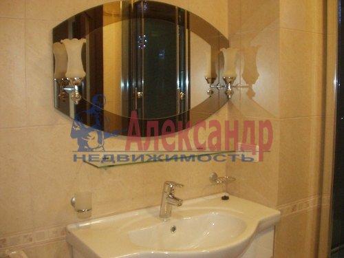 2-комнатная квартира (54м2) в аренду по адресу Байконурская ул., 19— фото 3 из 5