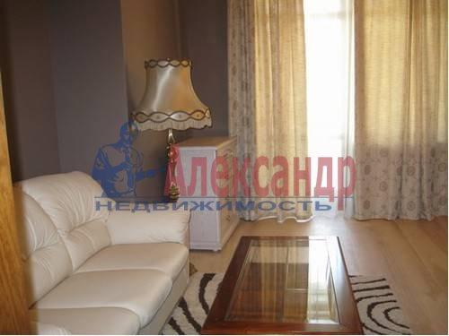 3-комнатная квартира (91м2) в аренду по адресу Гражданский пр., 114— фото 8 из 9